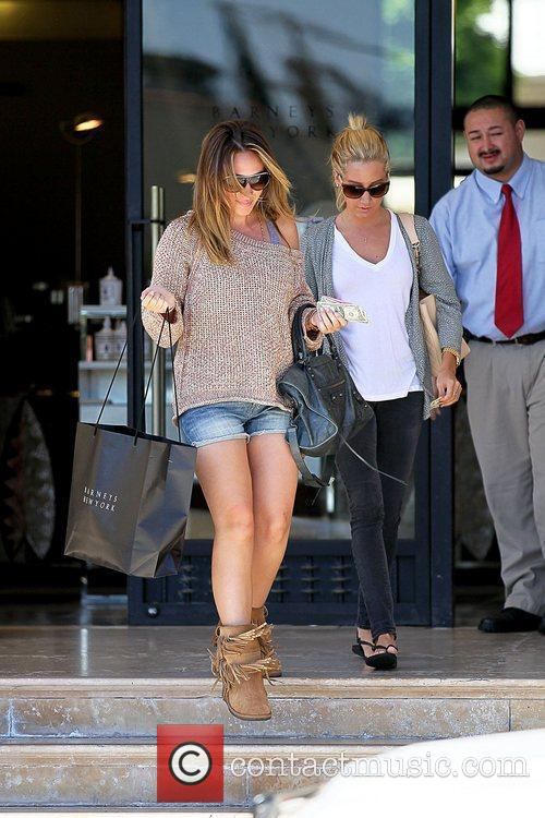 Haylie Duff and Ashley Tisdale 18
