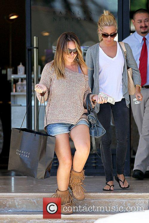 Haylie Duff and Ashley Tisdale 1