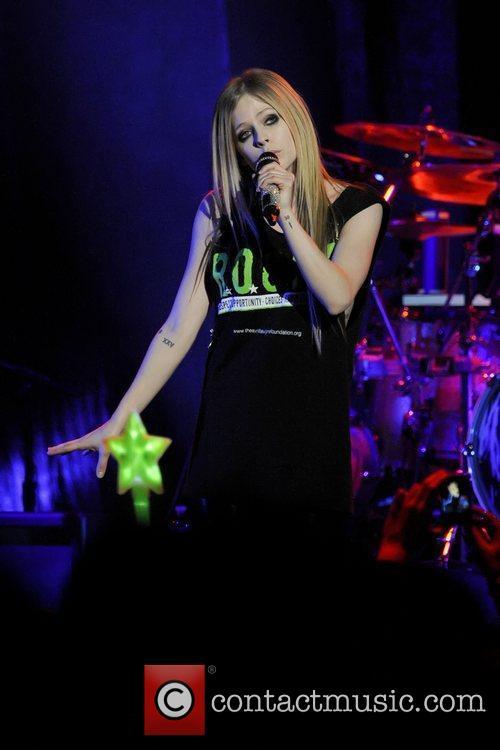 Avril Lavigne 22