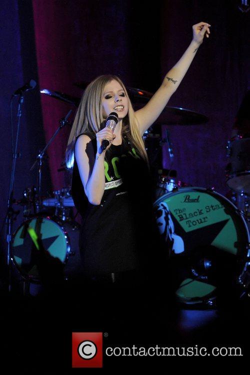 Avril Lavigne 42