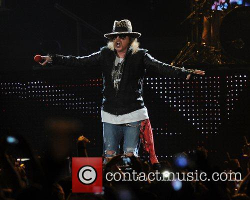 Axl Rose and Guns N Roses 49