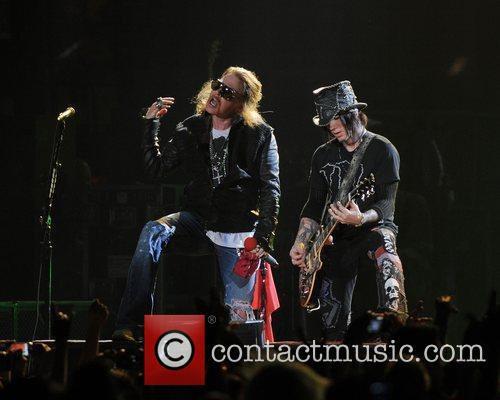 Axl Rose and Guns N Roses 31