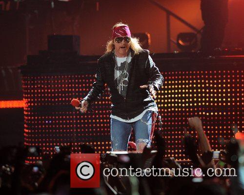 Axl Rose and Guns N Roses 14