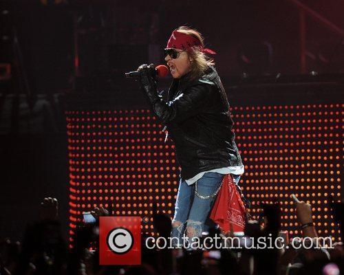 Axl Rose and Guns N Roses 46