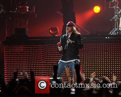 Axl Rose and Guns N Roses 17