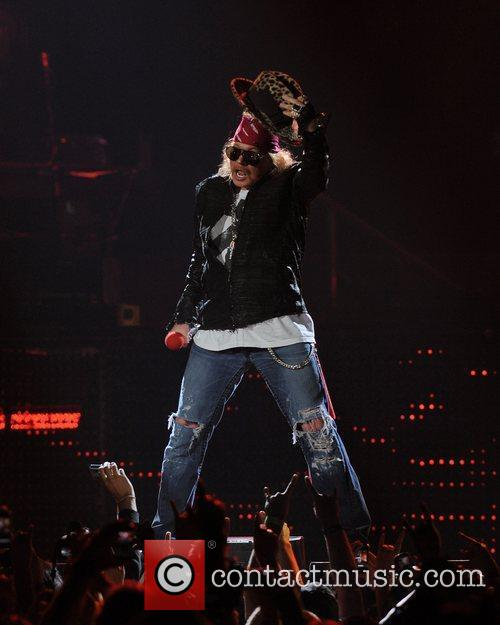 Axl Rose and Guns N Roses 15