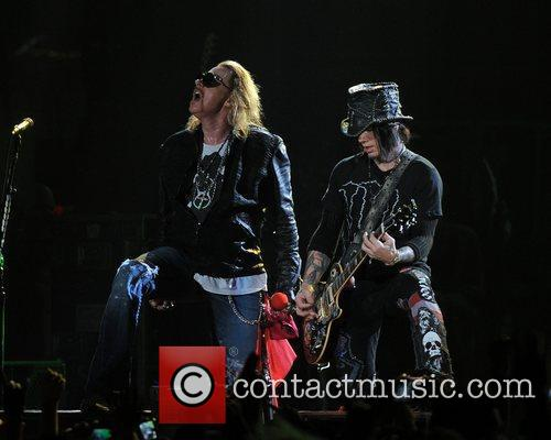 Axl Rose and Guns N Roses 47