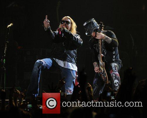 Axl Rose and Guns N Roses 19
