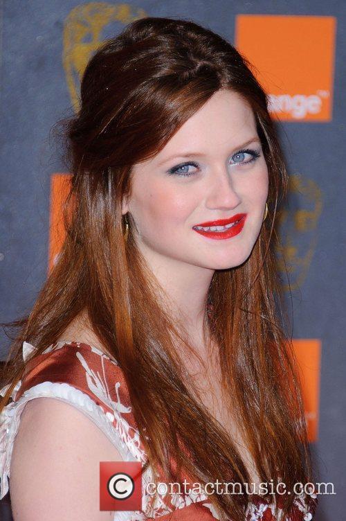 Bonnie Wright 9