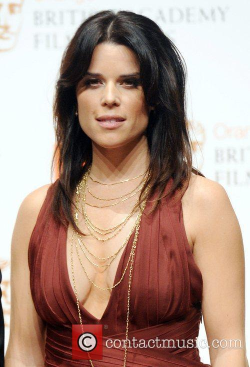 Neve Campbell 8