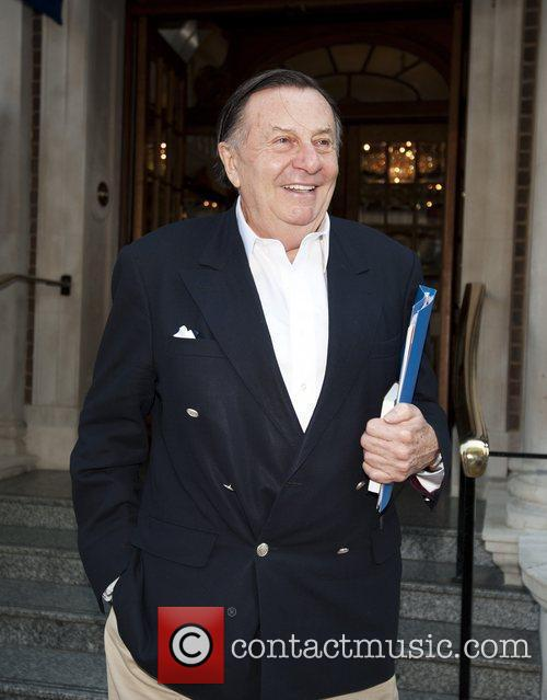 Barry Humphries 2
