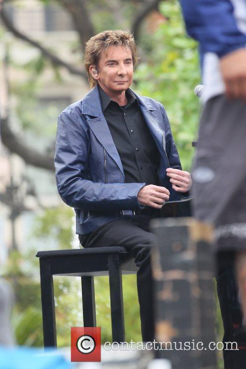 Barry Manilow at The Grove for the entertainment...