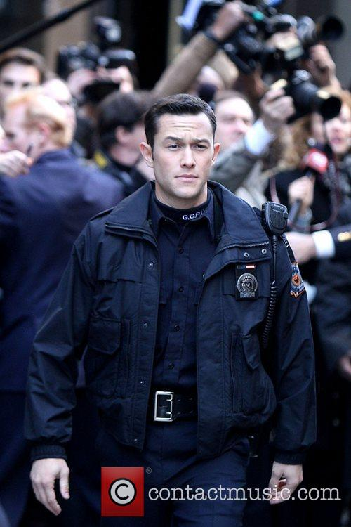 Joseph Gordon-levitt, Batman and The Dark Knight 7