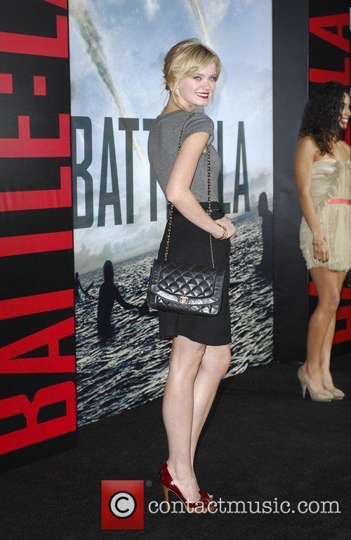 Sara Paxton  Battle: Los Angeles Los Angeles...