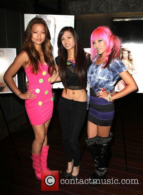 'Nylon Pink' Kiki Wongo, Jamie, Kitt.E.Katt Beach Bunny...