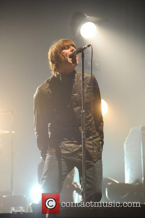 Liam Gallagher and Beady Eye 14