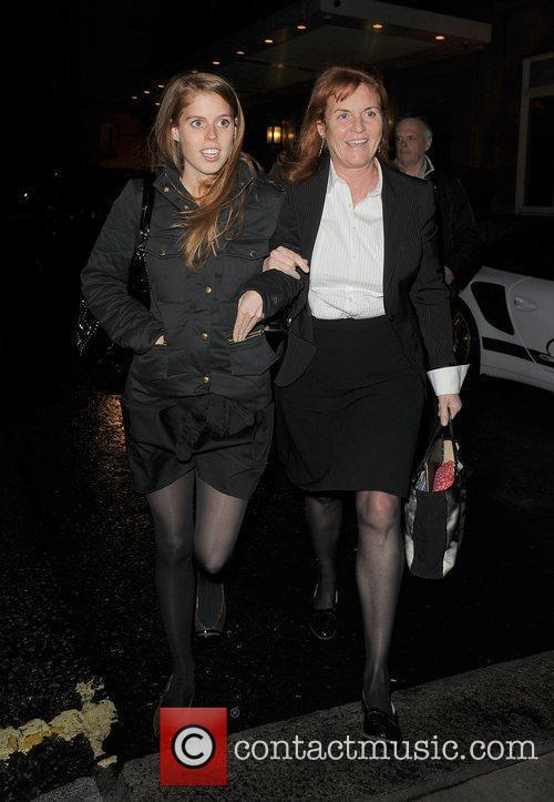 Princess Beatrice and Sarah Ferguson 9
