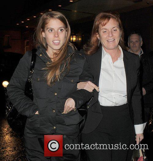 Princess Beatrice and Sarah Ferguson 7