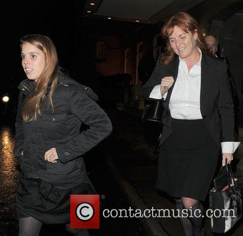 Princess Beatrice and Sarah Ferguson 1