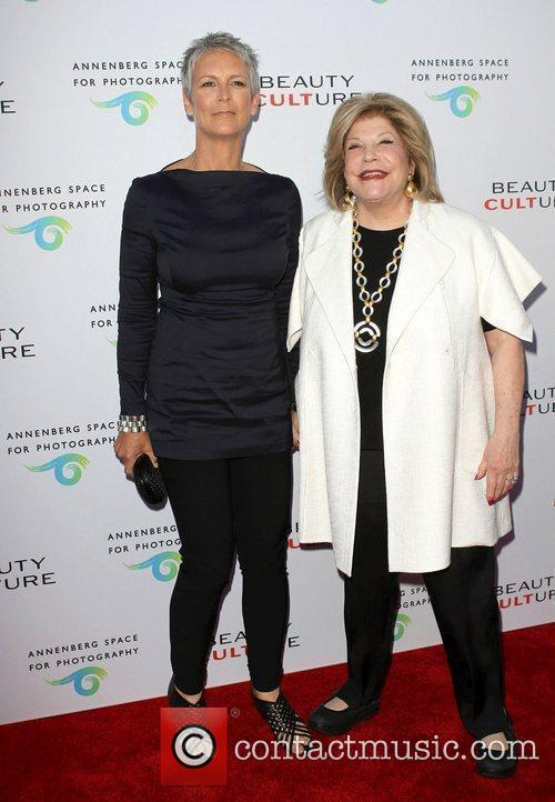 Jamie Lee Curtis and Wallis Annenberg 1