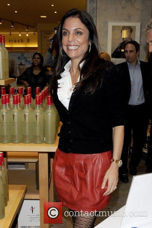 'Skinnygirl Margarita' bottle signing at LCBO store