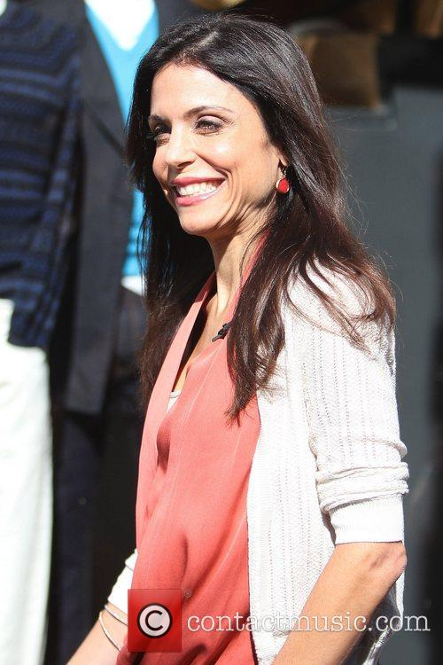 bethenny frankel reality star at the grove 5746541