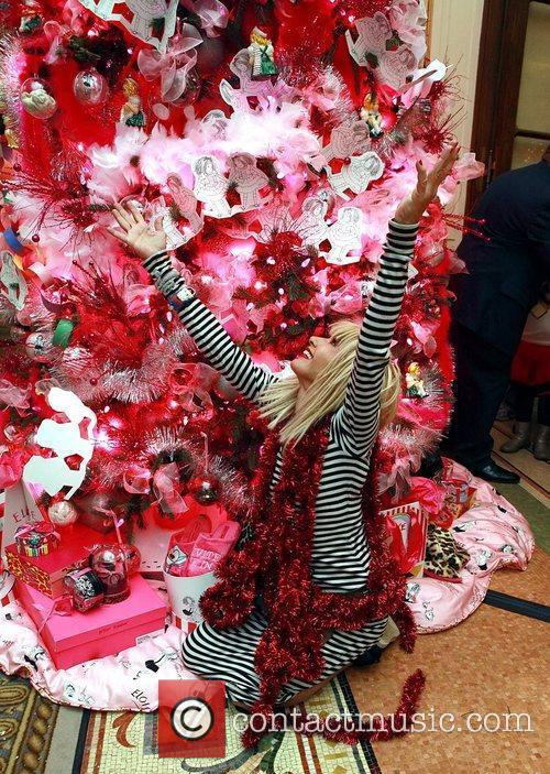 Unveils the first ever Eloise Christmas tree, held...