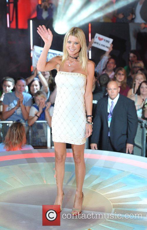 Tara Reid Celebrity Big Brother live eviction held...