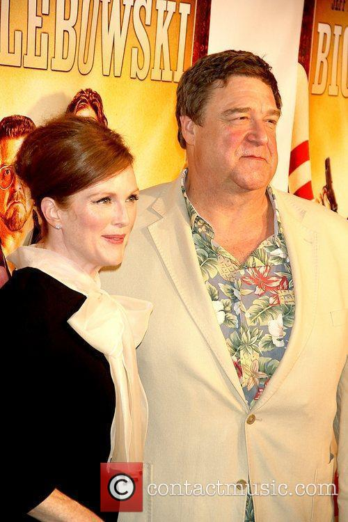 Julianne Moore and John Goodman 6