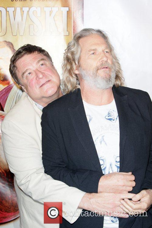 John Goodman and Jeff Bridges 3