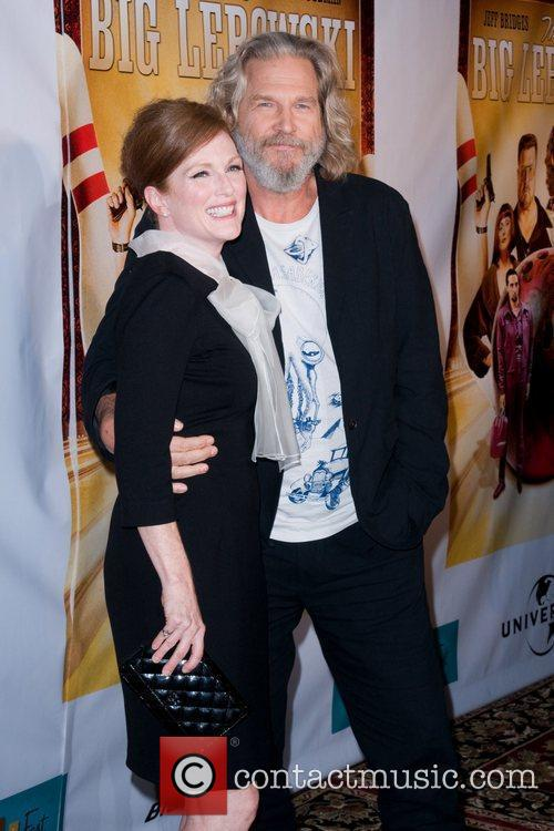 Julianne Moore and Jeff Bridges 5