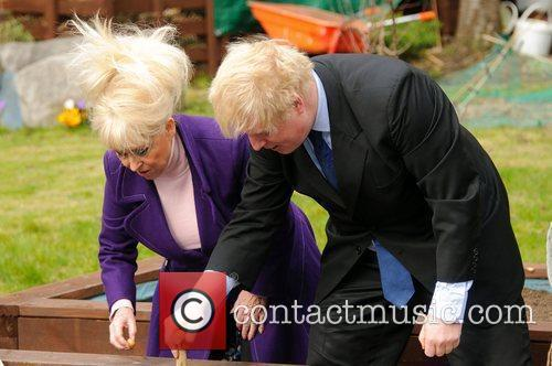 Barbara Windsor and Boris Johnson 10