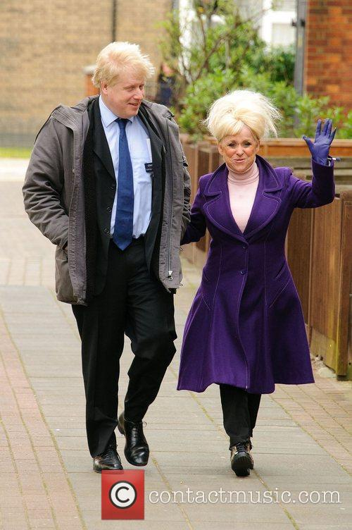 Barbara Windsor and Boris Johnson 1