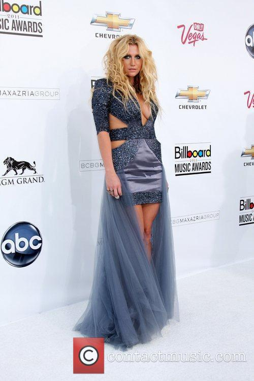 Kesha, Billboard, Las Vegas and Mgm 3