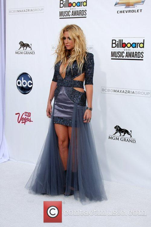 Kesha, Billboard, Las Vegas and Mgm 1