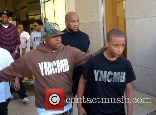 birdman shops with his son in beverly hills 1 picture