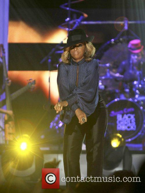 Mary J. Blige  Black Girls Rock! 2011...