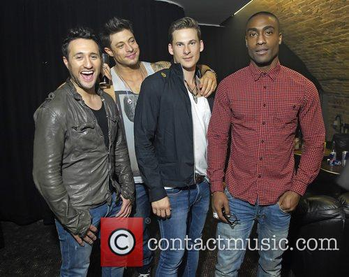 Antony Costa, Duncan James, James Lee, Lee Ryan and Simon Webbe 8