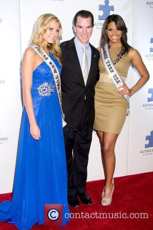 Amber Collins, Michael McGlone, Kamie Crawford A Blue...