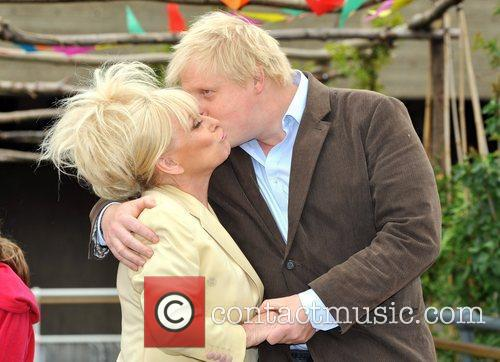 Boris Johnson and Barbara Windsor 10