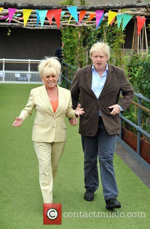 Boris Johnson and Barbara Windsor 7
