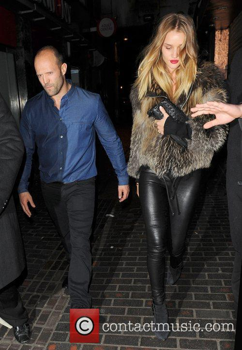 Jason Statham and Rosie Huntington-whiteley 11
