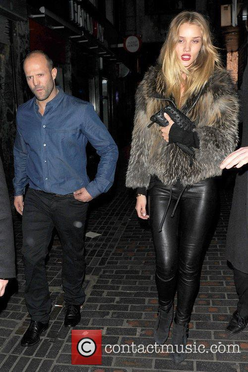 Jason Statham and Rosie Huntington-whiteley 6