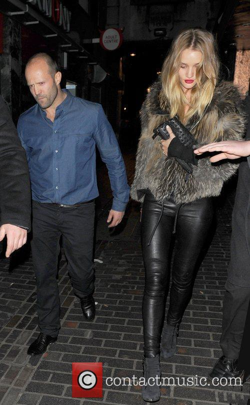 Jason Statham and Rosie Huntington-whiteley 4