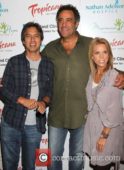 Ray Romano, Brad Garrett and Cheryl Hines 6