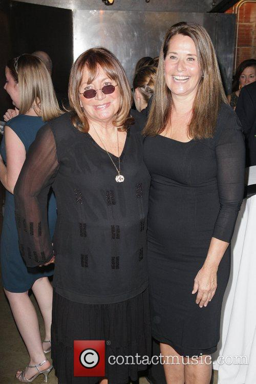 Penny Marshall and Lorraine Bracco 5