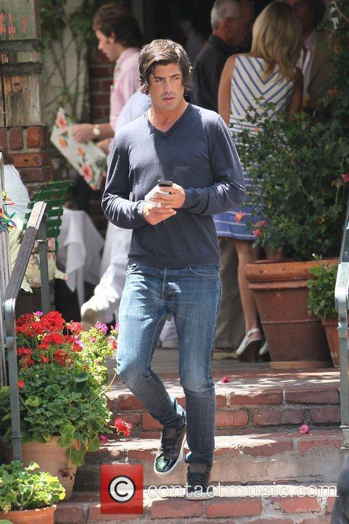 Brandon Davis leaves the The Ivy restaurant Los...