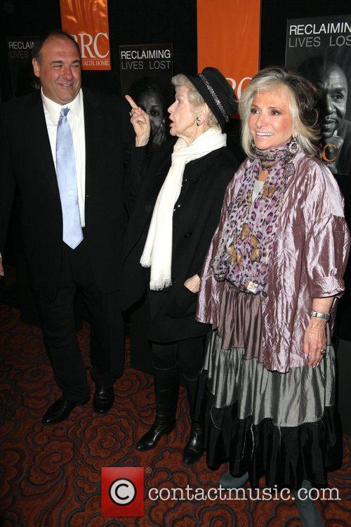 James Gandolfini and Elaine Stritch 3