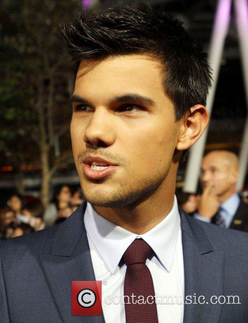 Taylor Lautner 25