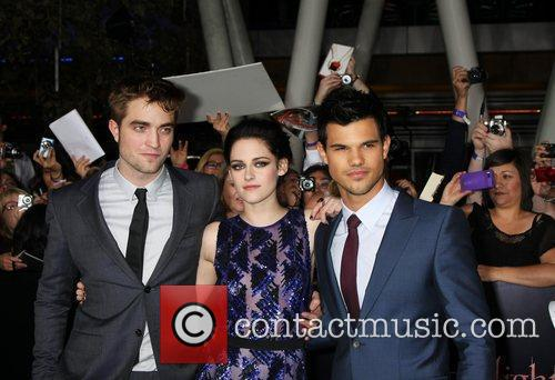 Robert Pattinson, Kristen Stewart and Taylor Lautner 1